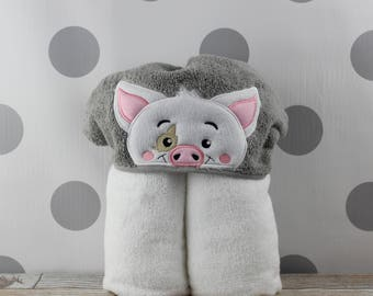 Toddler Pua Hooded Towel - Moana Pig Pua Towel for Bath, Beach, or Swimming Pool - Toddler Pua Towel - Great Christmas Gift Idea!