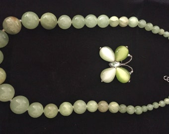Butterly green brooch with green bead necklace