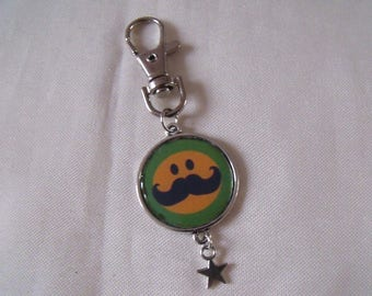 LIQUIDATION keychain silver green yellow black mustache