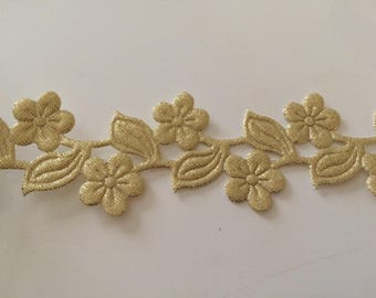 Ribbon flower cut Lazer Golden 3.5 cm width