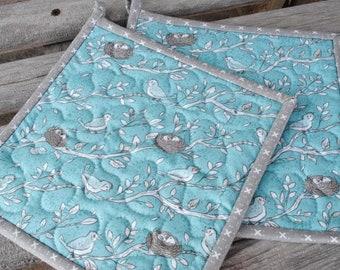 Bird Pot Holders, Quilted Potholders, Fabric Potholders, Set of 2 Hotpads,  Gift under 20, Handmade Pot Holders