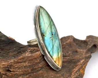Sterling silver labradorite statement ring