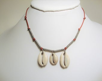 Seashell Necklace, Cowrie Shell Necklace, Seashell Jewelry, Cowrie Shells, Cowrie Jewelry, Cowrie Necklace, Red Leather, Leather Necklace