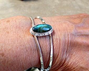 Labradorite Bracelet, Silver Labradorite cuff, Sterling 925 Labradorite Cuff, Ladies Labradorite Bracelet, Healing Stone, Gift for her, 1197