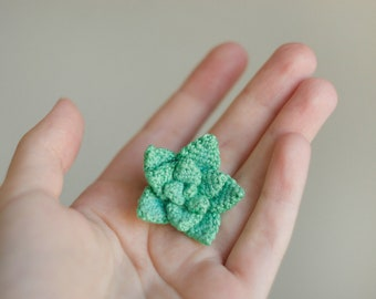 Crochet brooch, succulent, textile brooch, green brooch