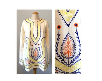 Vintage 60s Hippie Top M L Embroidered Unisex Tunic