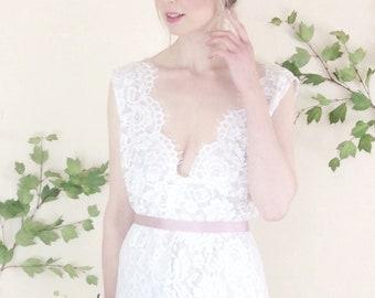 KATHERINE - romantic boho lace bridal gown, blush lining, ivory lace, v neck and backless with fringe detailing, sz UK 10-12 Tall