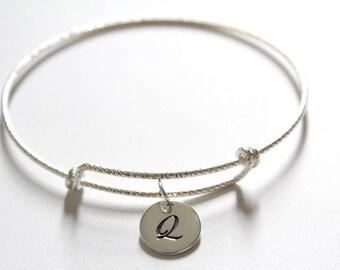 Sterling Silver Bracelet with Sterling Silver Cursive Q Letter Charm, Bracelet with Silver Letter Q Pendant, Initial Q Charm Bracelet, Q