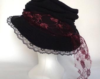 Chapeau Fille / Femme en Polaire Noir Taille S - Crooked Hat 4