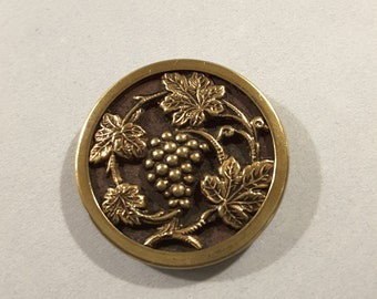 Vintage French grapes and vines button, early 1900's