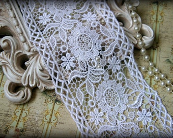 Tresors   White  Venice Lace Trim, Lace Appliques, Bridal Gowns, Couture Gowns, Dresses, Crafting GL-304