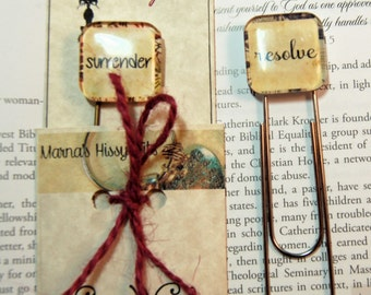 One Word Custom Bookmark Your Word for 2018 on Jumbo Paper Clip Bookmark Personalized in Gift Pouch for Friends Daughters Sons Moms