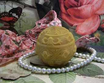 Beeswax Venetian Decor Ball Candle Choice Of Color