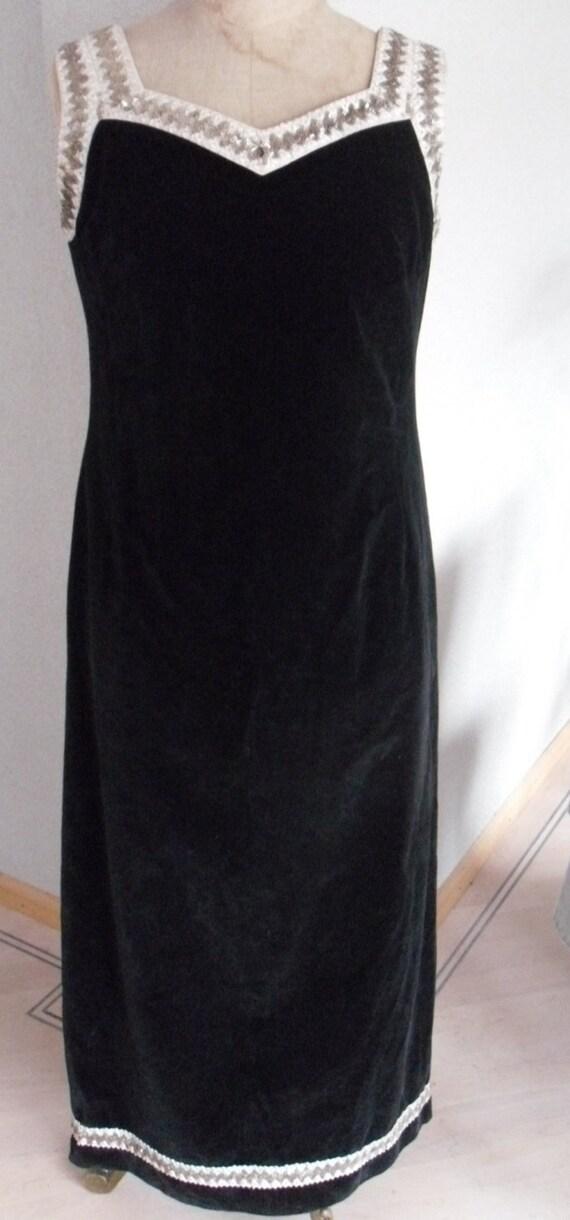 Vintage seventies maxi dress   black velvet dress   Vintage party dress   Black party dress   Seventies dress