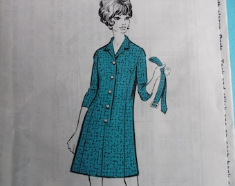 Vintage Sewing Pattern The People 291 for a Woman's Dress in Size 14