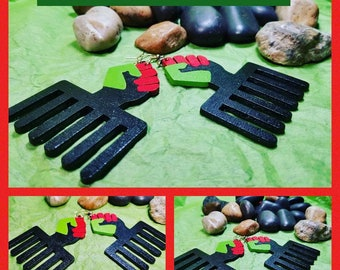RBG Duafe Comb with Fist