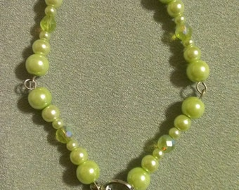 Customizeable Graduated Glass Pearl Necklace