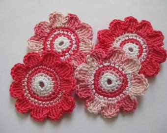 4 large crochet flowers, 6.5 cm
