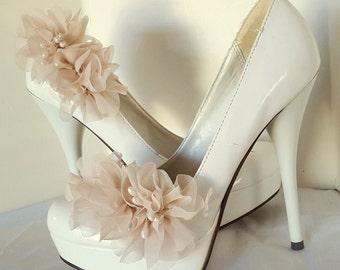 Shoe Clips, Chiffon Flower Shoe Clips, Wedding Shoe Clips, Bridal Shoe Clips for wedding shoes, bridal shoes, Gifts For Her, Chiffon Flowers