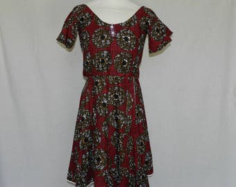 "Oval dress ""kikee"" in red and Brown fabric. One size 34/38"