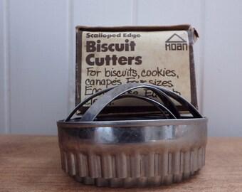Four vintage Cookie/biscuit cutters, metal cookie cutters, biscuit cutters, antique, rustic, kitchen itensils, metal, cafe