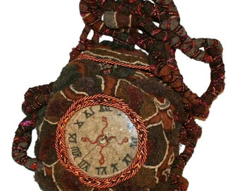 What's the time Mr Wolfe? (David Wolfe, 2015) Unisex bag or interior art clock