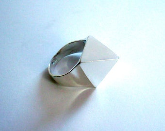 Handmade sterling silver solid pyramid ring.