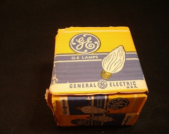 Vintage GE Clear Flame Tip Bulb Small Base Tested 15B91/2  15 Volt Bulbs set of 6 New Old Stock