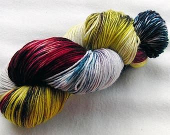 Handpainted  DK Sock Yarn, 75 Wool , 25 Nylon 200g 7.0 oz.  Nr. 163