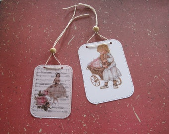 Set of 2 tags, vintage, retro, girl, music, notes sheet music