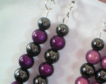 Dangling earrings, Hematite and magic beads - h 8cms - purple