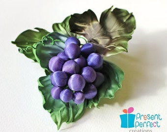 Textile art, fabric grapes, textile jewelry, grapes brooch, fall jewelry, gift for her. grape jewellery UK shop
