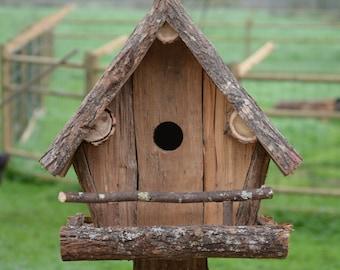 Raw hut for birds, birdhouse