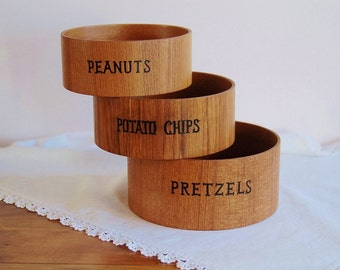 Bentwood Nesting Snack Bowl Set for Pretzels Potato Chips Peanuts, Mid Century Retro Three Piece Teak Wood Veneer Serving Party Ware Bowls