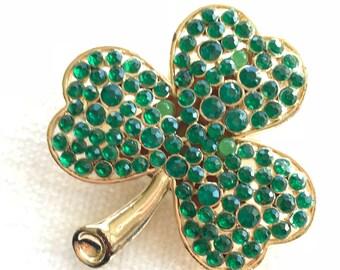 Green three leaf clover light brooch
