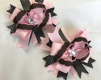 Pink and brown, Hair clips