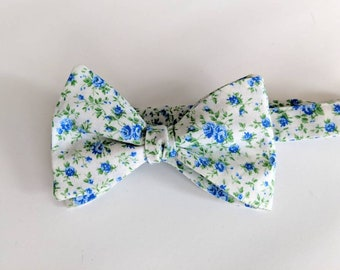 Adjustable size freestyle bow tie - blue & white cotton floral print - self tie, summer tie, spring formal, prom, custom tie, wedding