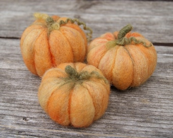 Needle felted wool pumpkins Set of 3 Waldorf Inspired Halloween home decor Thanksgiving