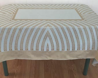 Damask Tablecloth/ Vintage Tablecloth With Unique Print/ Vintage Table Linens/ Damask Table Linens/ Vintage Tablecloths,