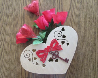 Heart Pocket Box for Valentine's Day, Gift for Girlfriend or Mother's day, Gift for her Engagement Proposal, Flower or Candy Box, Home Decor
