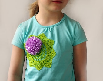 Kids Tshirt with crochet doily applique SIZE 3T, kids upcycled tshirt, girls cotton personalized shirt, toddler funny shirt, kids clothing