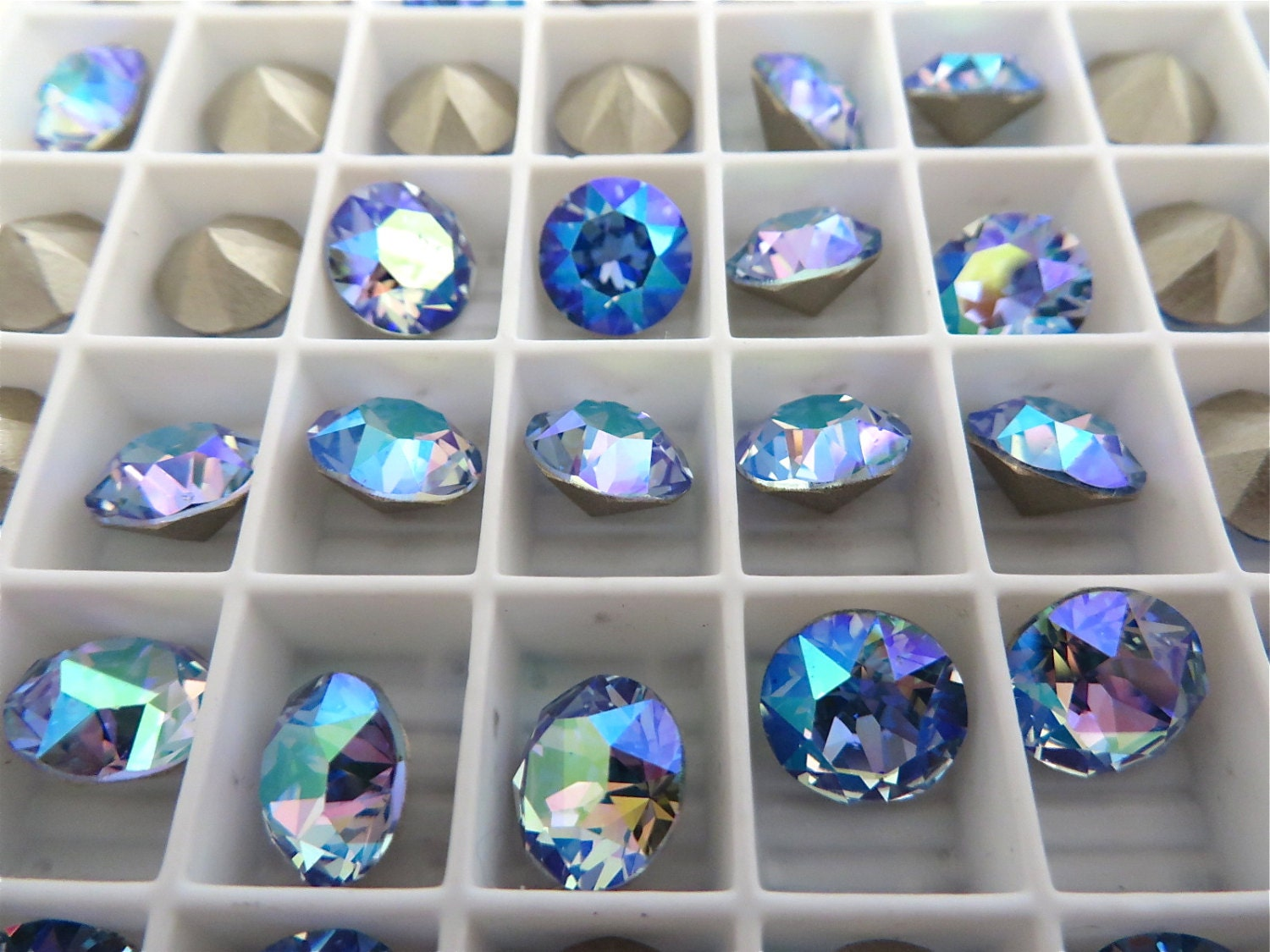 is fancy cut earrings itm sapphire s swarovski square image crystal light princess stone loading