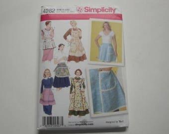 Simplicity Pattern #4282-Misses Aprons