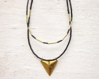 Modern layered necklaces, black & gold necklace, minimal necklaces, geometric necklaces, raw brass triangle necklace, vintage bead necklace