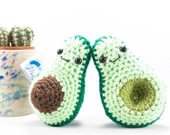 vegan gift, graduation gift, fruit,  crochet avocado, avocado decoration, animal rights, vegetarian gift, crochet fruit, avocado