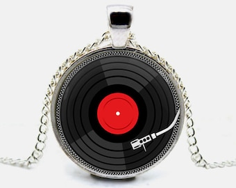 Retro Music Necklace DJ Vinyl Necklace Vinyl Record Necklace Pendant Jewelry Gift (with jewelry box)