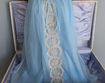Vintage Light Blue Chiffon Nightgown, Feminine Nightie wLace Front and Pretty Bow, Medium