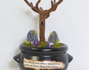Miniature Cemetery Diorama - Gothic Miniatures - Memento Mori Art - Cauldron Cemetery Diorama - Gothic Romance