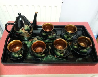 Vintage oriental lacquered papier maché tea-set and tray