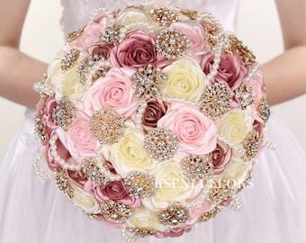 Gold wedding brooch bouquet Blush bouquet Vintage bouquet Rose gold bouquet Broach bouquet Wedding bouquet Bridal bouquet
